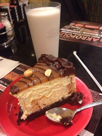คอนโชฮอคเกน, เพนซิลเวเนีย: Peanut butter cheesecake (homemade)