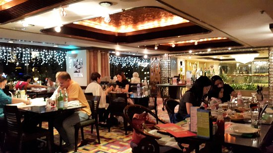 Regal Kowloon Hotel: Very relaxing resturant