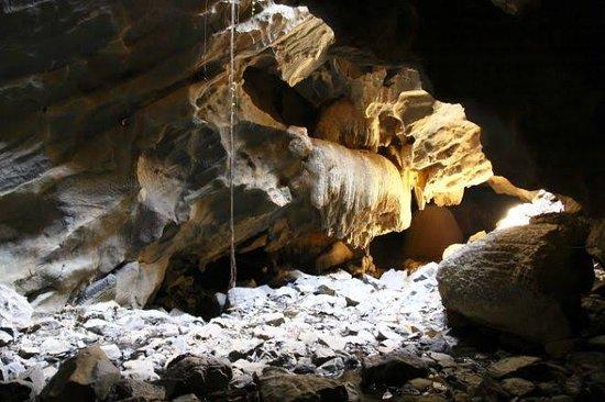 Escaroba Cave