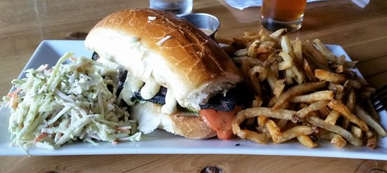Troy, Нью-Йорк: Blackened catfish with slaw and frites.