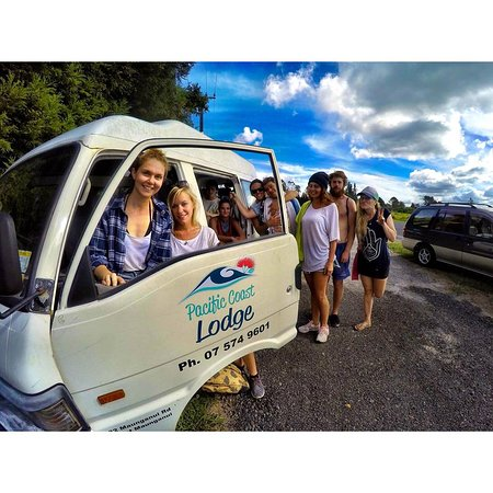 Pacific Coast Lodge and Backpackers: That's a good looking van!