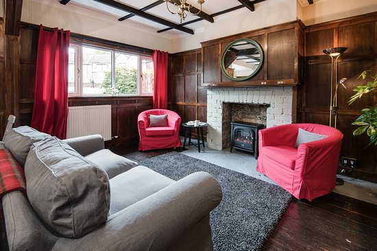 Crianlarich, UK: Welcoming guest lounge