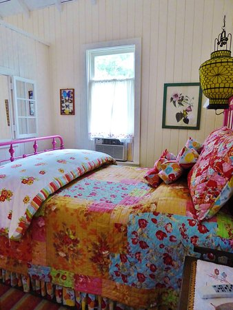 Caroga Lake, Estado de Nueva York: One of three cozy bedrooms