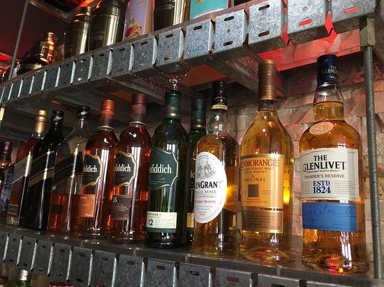 Bar 138 on Barrack: Whiskey