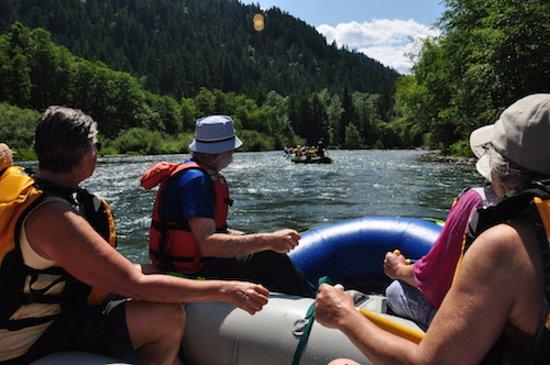 Oakridge, Oregón: Floating on the Middle Fork of the Willamette