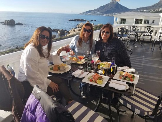 Leopard Bar: Our Ladies enjoying way too early sun-downers coupled with great food