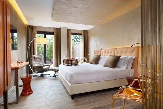 더 밀란 스위트 호텔