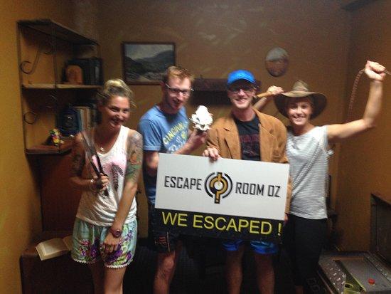 Caloundra, Australia: Team escaped