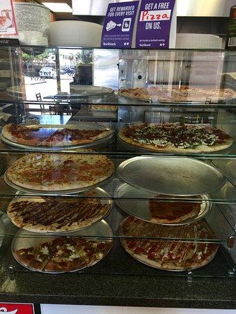 ลากูราฮิลส์, แคลิฟอร์เนีย: Terra Mia Pizzeria