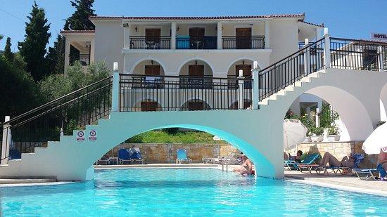 Katerina Palace Hotel: 20160702_114320_large.jpg
