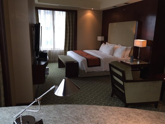 InterContinental Jakarta MidPlaza: Club Studio Suite