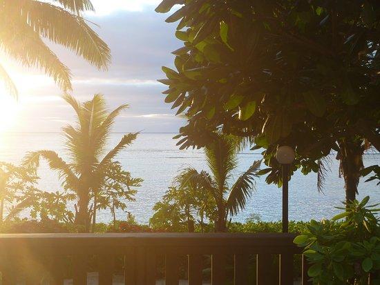 Ha'atafu Beach Resort: Premium fale (no 12)