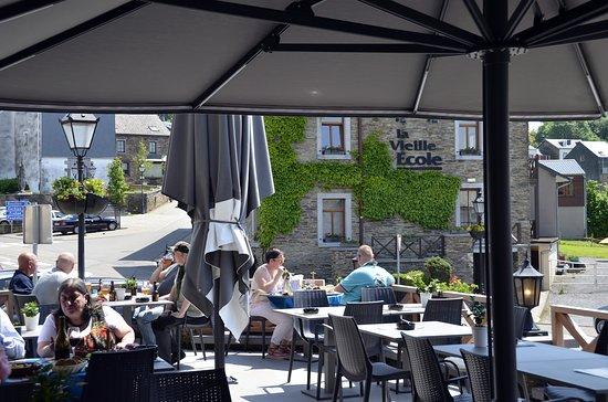Rochehaut, Бельгия: terrassse