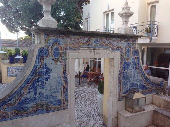 Solar Do Castelo: Patio intérieur et chambres sur cour