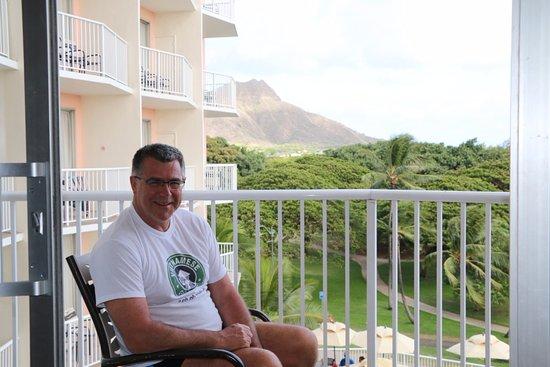 Park Shore Waikiki: View of zoo and Diamond Head