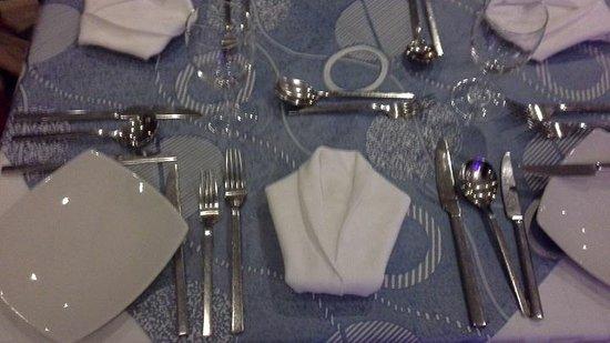 Gold Beach Resort: alltid lekre serviett -kreasjoner til middag.
