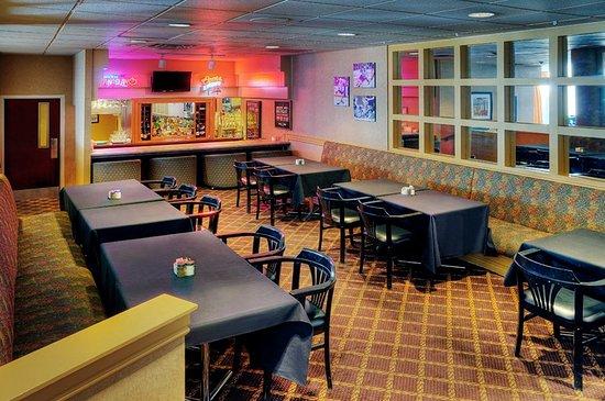 Oshawa, Canada: Bloor Street Lounge