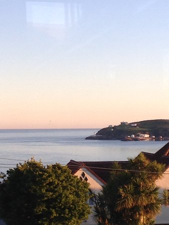 Onchan, UK: Evening view from the terrace.