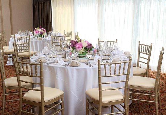 Marlborough, MA: Wedding Set-Up