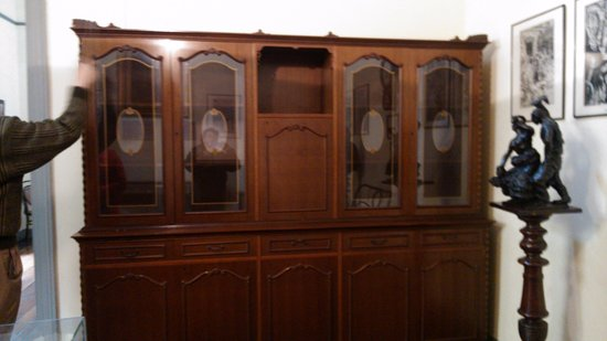 mueble confeccionado con madera de honduras, como todos los ... - Muebles Antiguos
