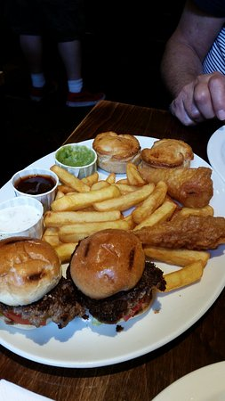 Greater London, UK: typical English pub grub one meal big enough for the 2 of us!