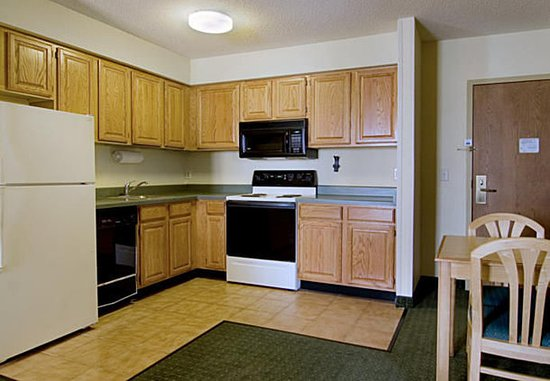 Lafayette, IN: Two-Bedroom Suite Kitchen