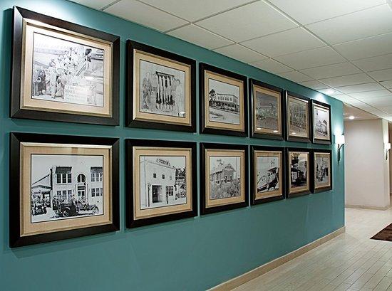 Hampton Inn Vero Beach: Hotel Lobby Hallway