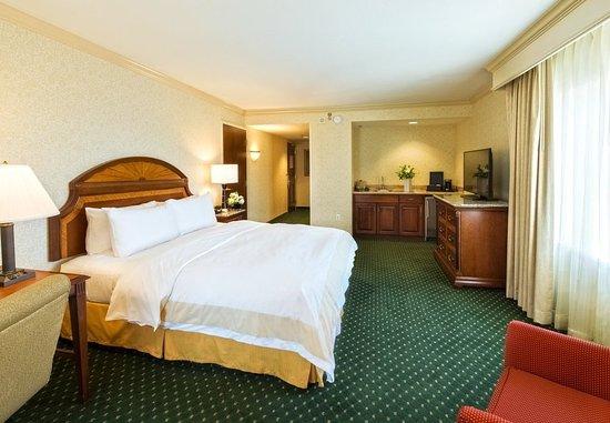 Salt Lake City Marriott City Center: Executive Corner King Guest Room