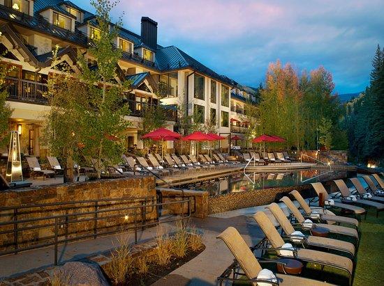 فيل تتالي ريزورت آند سبا: Vail Cascade Exterior Summer Pool & Deck