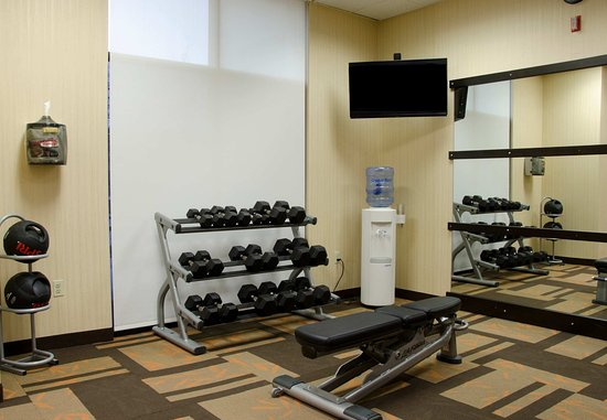 Waterbury, CT: Fitness Center - Free Weights