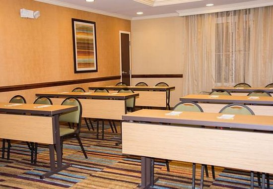 Meeting Room - Classroom Style