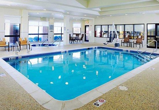 แอลทูนา, เพนซิลเวเนีย: Indoor Pool & Whirlpool