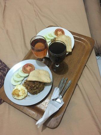 Kristina Hotel: Breakfast