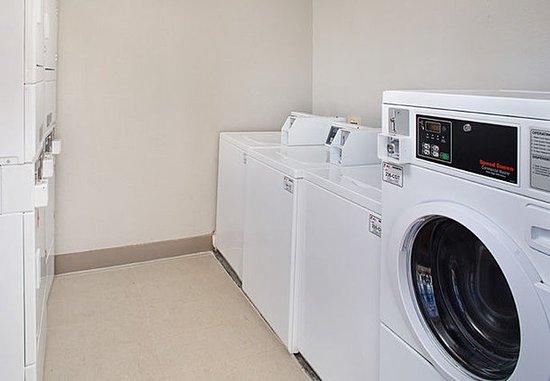 เชลตัน, คอนเน็กติกัต: Guest Laundry