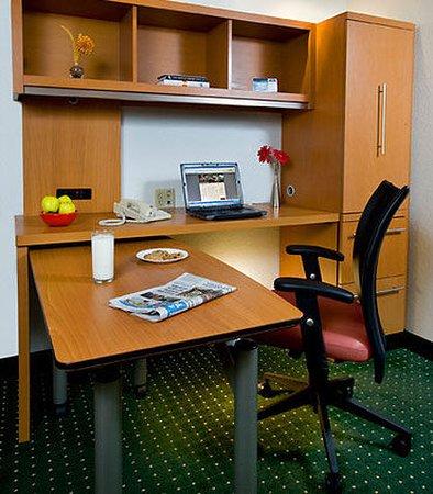 Sterling, VA: In-Room Office