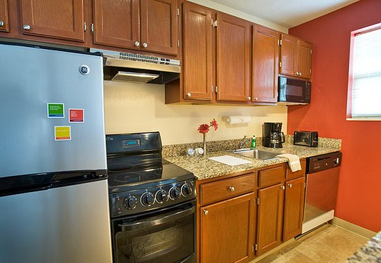 Sterling, VA: One & Two-Bedroom Suite Kitchen