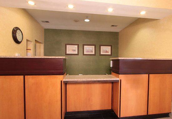 Jeffersonville, IN: Front Desk