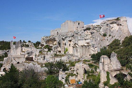 Tr buchet picture of chateau des baux de provence les - Office du tourisme des baux de provence ...