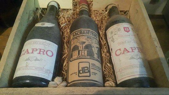 Tordandrea, Italia: Really really old wine