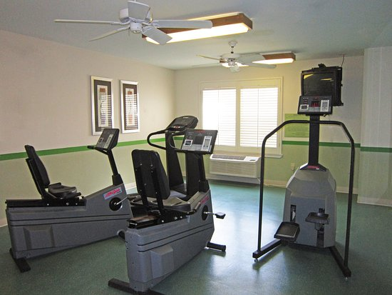 Webster, TX: On-Site Fitness Facility