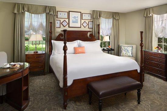 The Carolina Inn : TheCarolinaInn_Suite_156