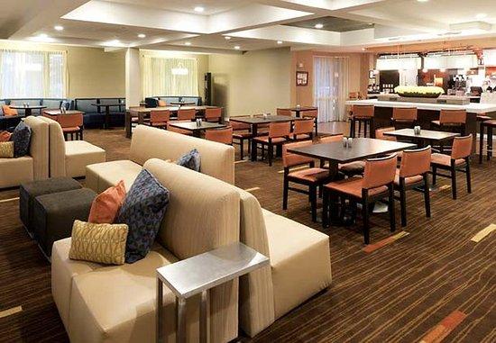 Harrisonburg, VA: Bistro Dining Area