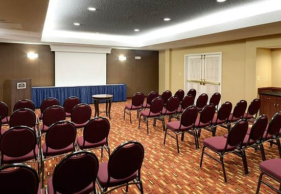 Harrisonburg, VA: Meeting Room – Theater Style