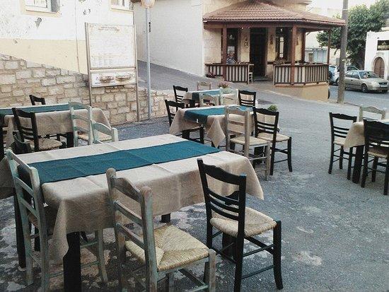 Atsipopoulo, Grækenland: Παραδοσιακο Μεζεδοπωλειο Ο ΜΑΝΩΛΗΣ