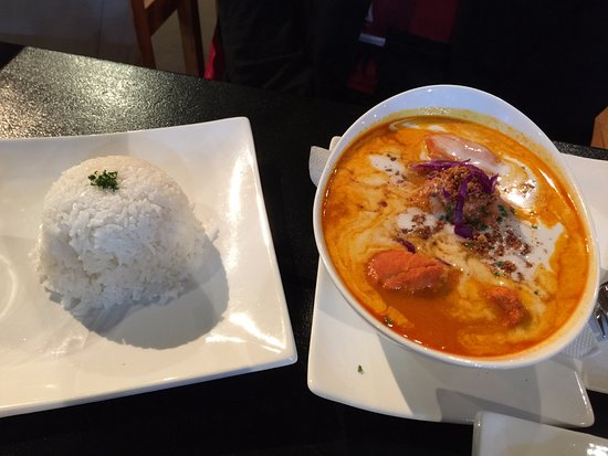 Tawa, Nuova Zelanda: Yeay's Red Curry