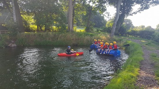 Cheshire, UK: rafting