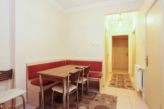 Berce Hotel: Two Bedrooms Apartment for 9 Perso5