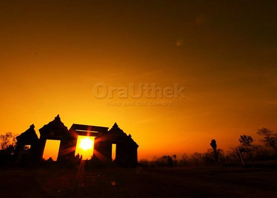 Ratu Boko Temple : What left is only the gate...