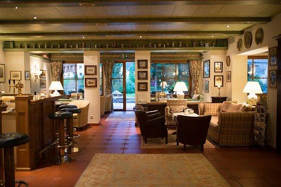 Hotel Haldenhof: The bar