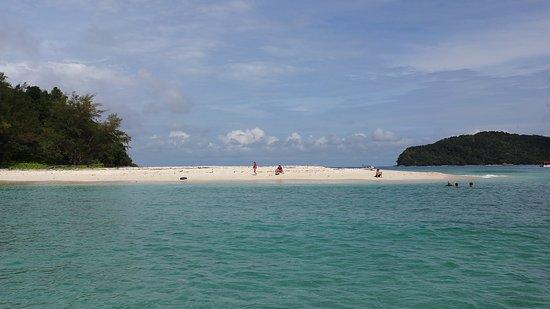 Tunku Abdul Rahman Marine Park: PADI course training body of water